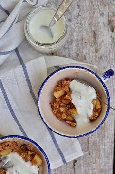 Umas papas de aveia ou porridge, feitas no forno. Para um pequeno-almoço saudável e diferente