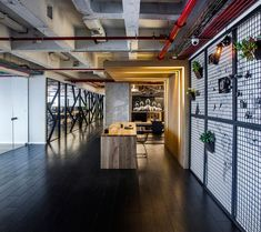 Elegant Offices Designed by the Architectural Firm Turman Roman in Tel Aviv, Israel