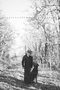 Eugene Oregon portraits.  Jessica Coleman Photography. A dog and his boy. Chocolate lab. Black and white.