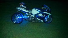 Buy 2001 Suzuki GSXR 1000 CUSTOM Chrome 240 Wide Tire on 2040-motos