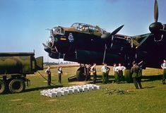The famous Lancaster bomber could carry the heaviest bomb load of all bombers that were used during the war. Spitfire Airplane, Avro Shackleton, Fuel Truck, Lancaster Bomber, Ww2 Aircraft, Nose Art, Royal Air Force, World War Ii, Scale Models