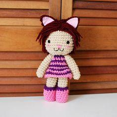 Cheshire Cat Inspired Crochet Amigurumi Plush by CyanRoseCreations