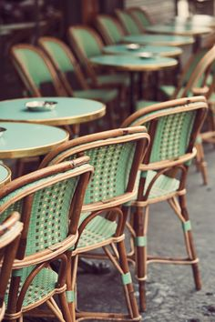 Gorgeous picture of Paris café terrace by Irene Suchocki. Round table, green chairs and romance . Hidden in Paris by Corine Gantz. French Cafe, French Bistro, Italian Bistro, French Style, Bistro Chairs, Cafe Chairs, Room Chairs, Dining Chairs, Salon Chairs