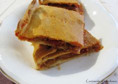 Empanada gallega de bacalao y pasas