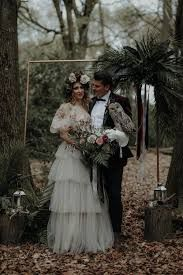 Alternative Wedding Ideas Modern Gothic Wedding Ideas In The Woods Whimsical Wonderland Weddings Gothic Wedding, Boho Wedding, Wedding Fair, Woodland Theme Wedding, Forest Wedding, Autumn Wedding, Modern Gothic, Tuxedo Wedding, Wedding Inspiration