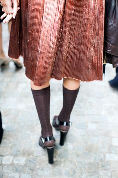 On the Streets: Pleats! Milan #copper