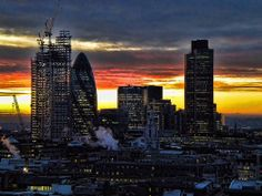 17 wonderful photos of the sunrise over London (to give you that New Year feeling)