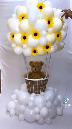 Teddy Bear Baby Shower, Baby Boy Shower, Balloon Crafts, Birthday Balloon Decorations, Party Lights, Outdoor Halloween, Valentines Diy, Baby Shower Themes, Light Decorations