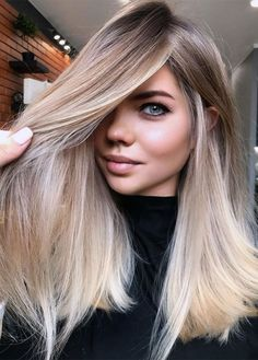 Ash Blonde Hair With Highlights, Blonde Hair Looks, Brown Blonde Hair, Light Brown Hair, Blonde Honey, Ombre Hair, Balayage Hair, Creative Hair Color, Hair Junkie