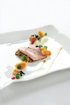 Kalfscarré met witloof, peterseliewortel en salie