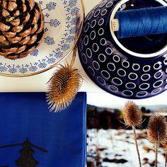 Winter - Moodboard , bzw. eher eine Collage aus Gegenständen, eine Assemblage. Tolle Bildvorlage für ein Moodboard. Mood Boards, Artsy, Winter, Instagram Posts, Textile Design, Amazing, Templates, Winter Time, Winter Fashion