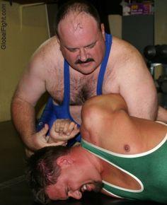 daddy bear arm twisting wrestling cubs