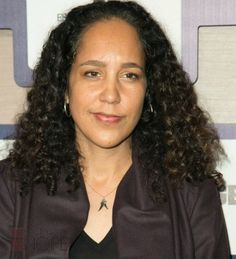 Five of our favorites scenes (in GIFS) of Gina Prince Bythewood's movies.