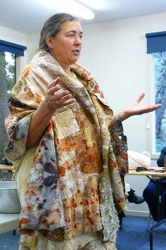 Julia Rossi: Fieltro: India Flint desde Australia