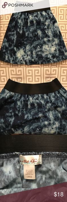 Acid-Wash Look Skater Skirt Skater skirt with elastic waistband. Size: L Urban Outfitters Skirts