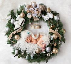 12 adorable babies in knitted Christmas clothes that will fill you with happines… 12 adorable babies in knitted Christmas clothes that will fill you with happiness - Unique Baby Outfits Christmas Baby, Christmas Wreaths, Christmas Ornaments, Christmas Outfits, Christmas Clothes, Christmas Holidays, Ornaments Ideas, Celebrating Christmas, Christmas Nails