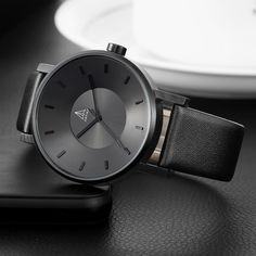 Artika is a brand focus in design products. All our products are based in a sentence from Leonardo DaVinci: Simplicity is the ultimate sophistication. Black Quartz, Sport Casual, Watch Brands, Metal Bands, Quartz Watch, Inventions, Watches For Men, Clock, Design Products
