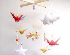 Mobile bébé en origami Eléphants Pastels par mademoiselleorigami