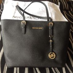 Michael Kors Purse From $69 Compare, Shop & Save