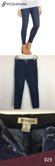 Democracy Ab Technology Jeans These jeans are in excellent used condition there are no stains or defects. The inseam is 29 inches. Democracy Jeans Skinny