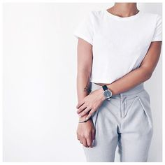 clean and casual outfit. for all who love minimalism and are searching for a minimalist watch | kapten-son.com