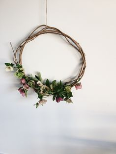 hellebore wreath | netherleigh.co                                                                                                                                                                                 More
