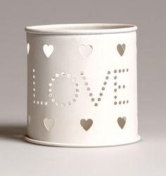 http://www.sassandbelle.co.uk/Love Tealight Holder
