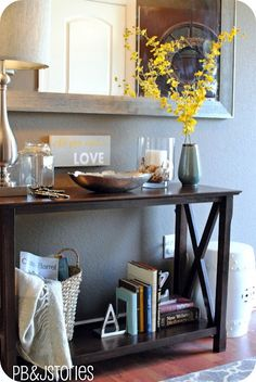 Nice entry way table @ Home Improvement Ideas