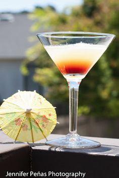pineapple vanilla martini, cocktail, vanilla vodka, pineapple juice, chambord, black raspberry liqueur