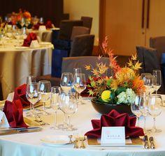 #tokugawaen#novarese#vressetrose#Wedding #japanese #table #Flower #guesttable#Bridal#徳川園# ブレスエットロゼ #ウエディング# 和風 #和装 # ゲストテーブル#トーション #テーブル # 花#テーブルコーディネート#ブライダル#結婚式#ナチュラル#ブレスエットロゼ名古屋#ダリア#赤#紅葉#オレンジ