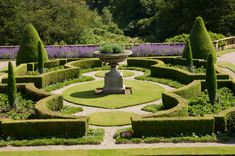 Google Image Result for http://www.comparequotes.net.au/Images/gardening/Formal%2520garden%2520Small.jpg