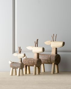 "épinglé par ❃❀CM❁✿Three ""Alpine"" Log Deer"