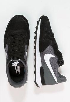 Nike Sportswear - INTERNATIONALIST - Sneaker - black/white/dark grey