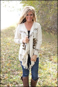 #countryfashion #falloutfit #countrygirl #countrystyle Make sure to follow Cute n' Country at http://www.pinterest.com/cutencountrycom/