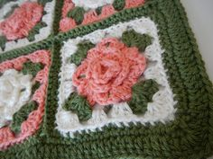 Apple Blossom Dreams: Roses and Rosemaling ~ free pattern