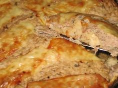 A succulent tuna pie Savory Pastry, Savoury Baking, Fish Burger, Coconut Flour, Lasagna, Good Food, Food And Drink, Cooking Recipes, Snacks