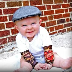 Ahhh.....this is going to be your lil boy @Erica Cerulo Cerulo Cerulo Stroud lol...looks like Jerry!!