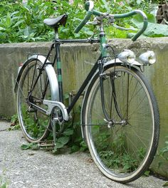 1950`s Motobecane Cyclotouriste by collectvelo, via Flickr Touring Bicycles, Touring Bike, Velo Vintage, Vintage Bicycles, Cycling Art, Cycling Bikes, Fixie Course, Course Vintage, Old Bicycle