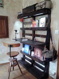 Build this space economical and easy DIY wooden pallet Study and storage space using tiny space in your room. This can be easily assembled nailing the pallets on your wall. Add a folding plank of wood to serve the purpose of writing table. In this way you are saving more space in a smart way.