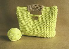 Aprendiz de Crocheteiras: Bolsa Verde Limão com alça de Rami - Minhas Criaçõ...