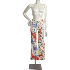 1970s Versace Jeans couture by Gianni Versace jeans like handpainted.  Composition 98% cotton 2% elastane  Condition:Excellent  Size in italian size