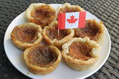 Canada: Maple Syrup Tarts is listed (or ranked) 16 on the list International Recipes to Treat Your Taste Buds Meanwhile In Canada, Maple Syrup Recipes, Butter Tarts, Canadian Food, India Food, Old Fashioned Recipes, Sweet Pie, Exotic Food, International Recipes