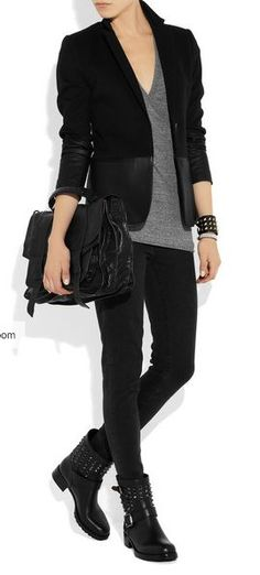 biker chic - the blazer makes it sort of office casual. This outfit fits me perfectly! Biker Boots Outfit, Combat Boot Outfits, Combat Boots, Men Boots, Dress Boots, Outfit Jeans, Shoes Men, Outfits With Boots, Biker Boots Style