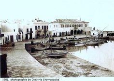 Mykonos in 1901 Mykonos Island Greece, Athens Greece, Old Time Photos, Old Pictures, Myconos, Crete, Historical Photos, Vintage Photos, Past