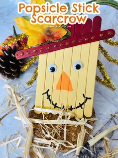 Very few things sum up fall like a scarecrow! This little popsicle stick scarecrow fall craft is a cute craft or activity that you can do by yourself, with your friends, or with your kids!