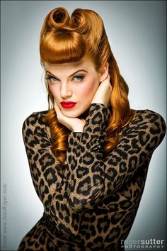 Trendy Hairstyles Vintage Pin Up Lips Ideas - - Estilo Pin Up, Look Rockabilly, Rockabilly Fashion, Rockabilly Rebel, Rockabilly Makeup, Animal Print Fashion, Fashion Prints, Animal Prints, Look Fashion