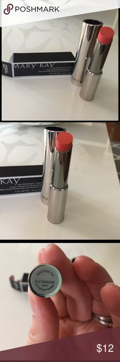 NIB Mary Kay True Dimensions Lipstick Tangerine Po The shade of this lipstick is Tangerine Pop. This Lipstick retains moisture in the skin, promoting a plumping effect for fuller looking lips. This listing is in no way affiliated with Mary Kay, Inc. Mary Kay Makeup Lipstick
