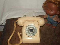 昭和の懐かしい ダイヤル式電話機 アイボリー 動作品_画像1