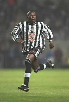 Another outstanding Newcastle great. Football Jerseys, Football Players, Newcastle United Football, North Shields, Football Pictures, Black N White, Creative Photography, Premier League, Soccer