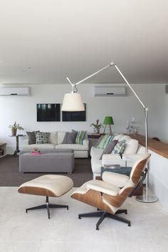 Apartamento para receber com música. Descontração carioca dá o tom nessa cobertura